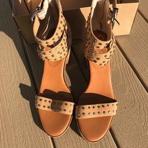 Lucky Brand Stud Women Sandals NWB
